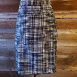 The Limited size 2 pencil skirt